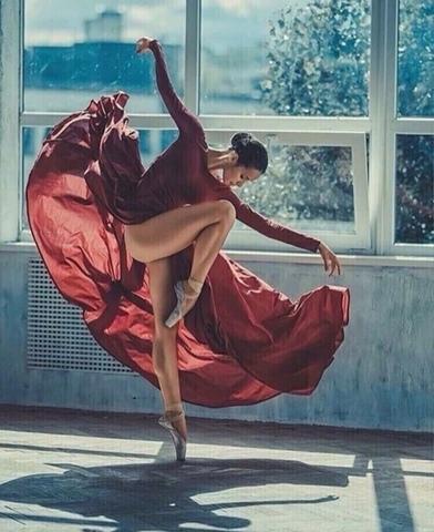 Алмазная Мозаика 30x40 Балерина в красном (арт. ZX10375 )