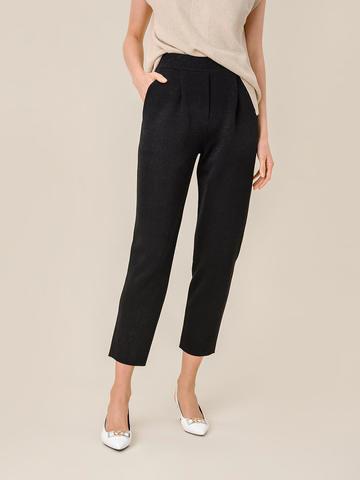 Женские брюки с защипами черного цвета из вискозы - фото 2