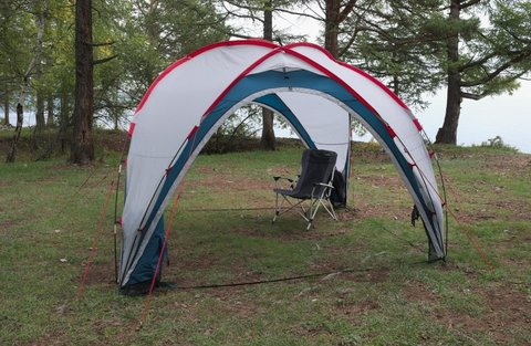 Шатер Canadian Camper SPACE ONE, цвет royal, на природе 2.