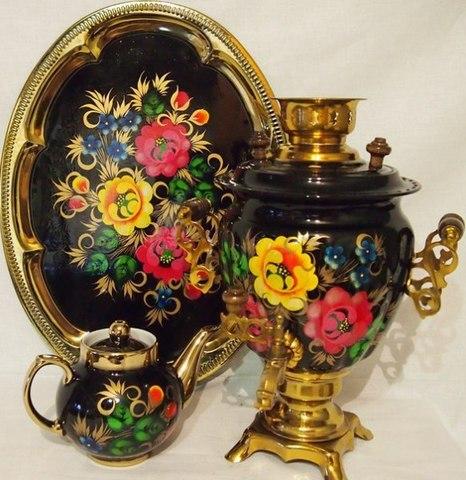 Самовар электрический трехлитровый в наборе с подносом и чайником с художественной росписью «Жостово на черном фоне»