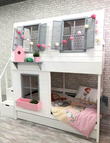 Двухъярусная кровать-домик для девочки с комодом