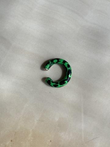 Кафф Лео зеленый, серебряный цвет
