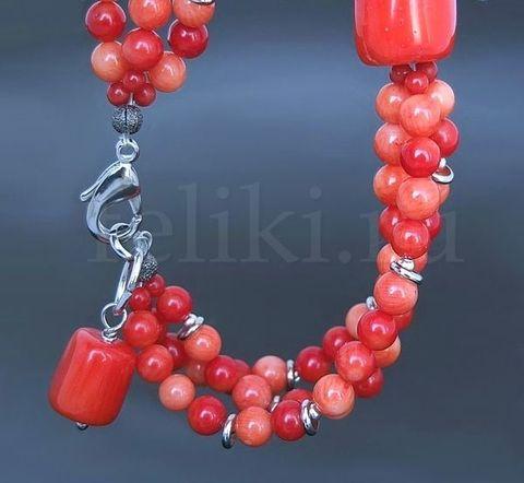 многорядный браслет из коралла красно-розовый, с подвеской_фото
