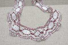 Кружево хлопковое, цвет : белый + бордо