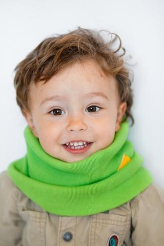 Детский снуд-горловинка из хлопка в рубчик салатовый