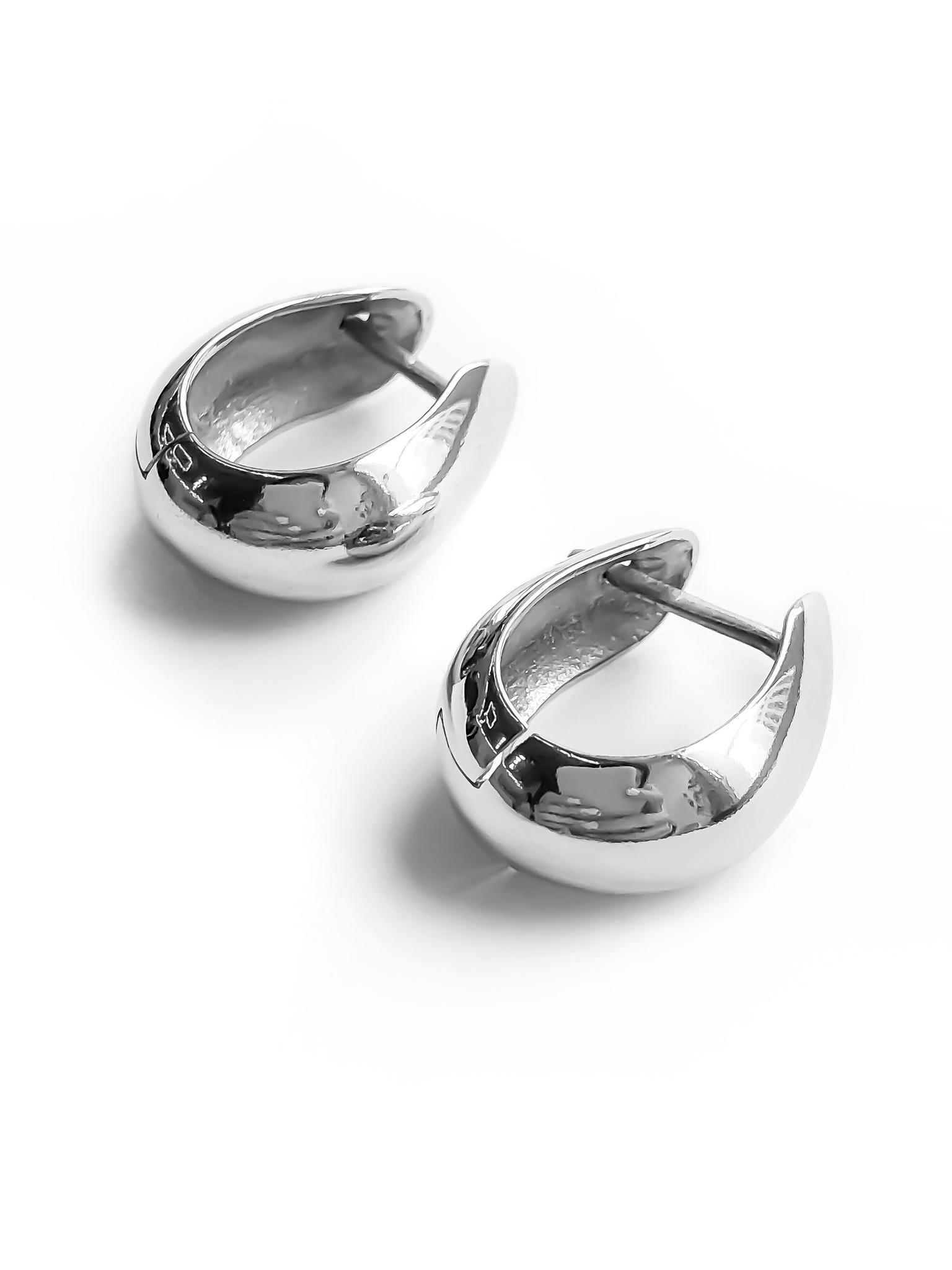 Серебряные дутые серьги