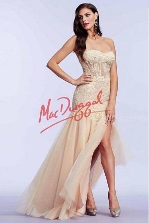 Mac Duggal 12036 Платье в пол, от лифа и до середины бедра украшено камнями и вышивкой, юбка длинная и пышная
