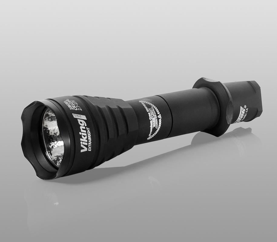 Тактический фонарь Armytek Viking Pro (тёплый свет) - фото 1
