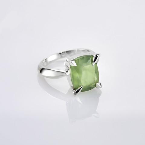 Кольцо с пренитом 16 размер