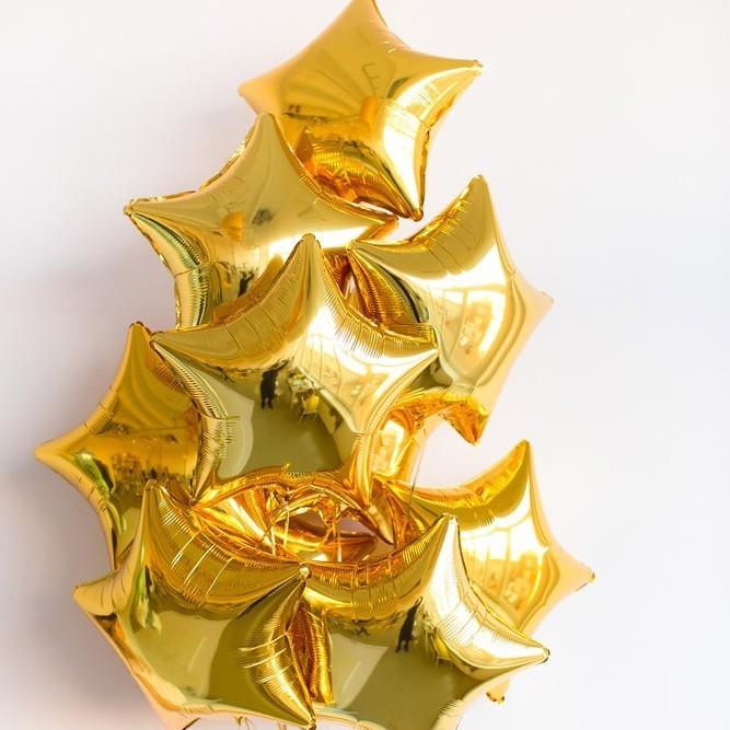 Фонтан из золотых звёзд