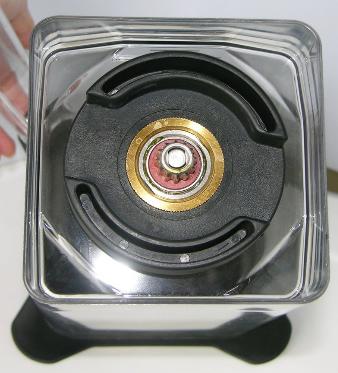 Запчасти к блендерам JTC Стопорное кольцо JTC OmniBlend jtc-bottom-1.5litres-jar.png