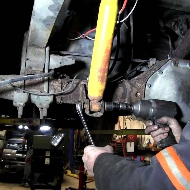 Замена амортизаторов Toyota Hilux