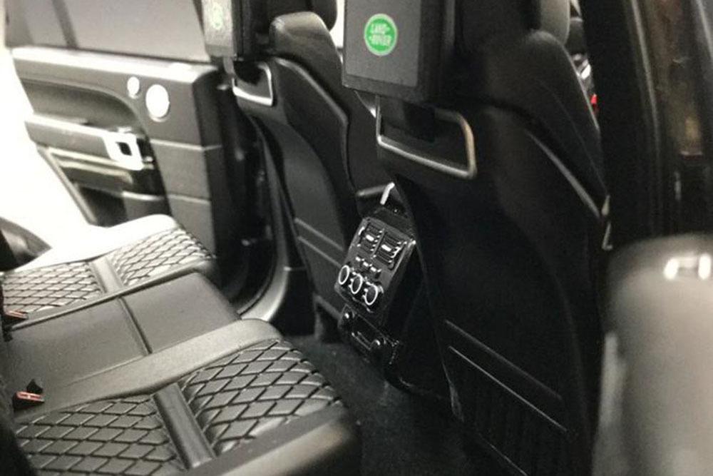 Коллекционная модель RANGE ROVER VOGUE SUPERCHARGE AUTOBIOGRAPHY 2018 BLACK