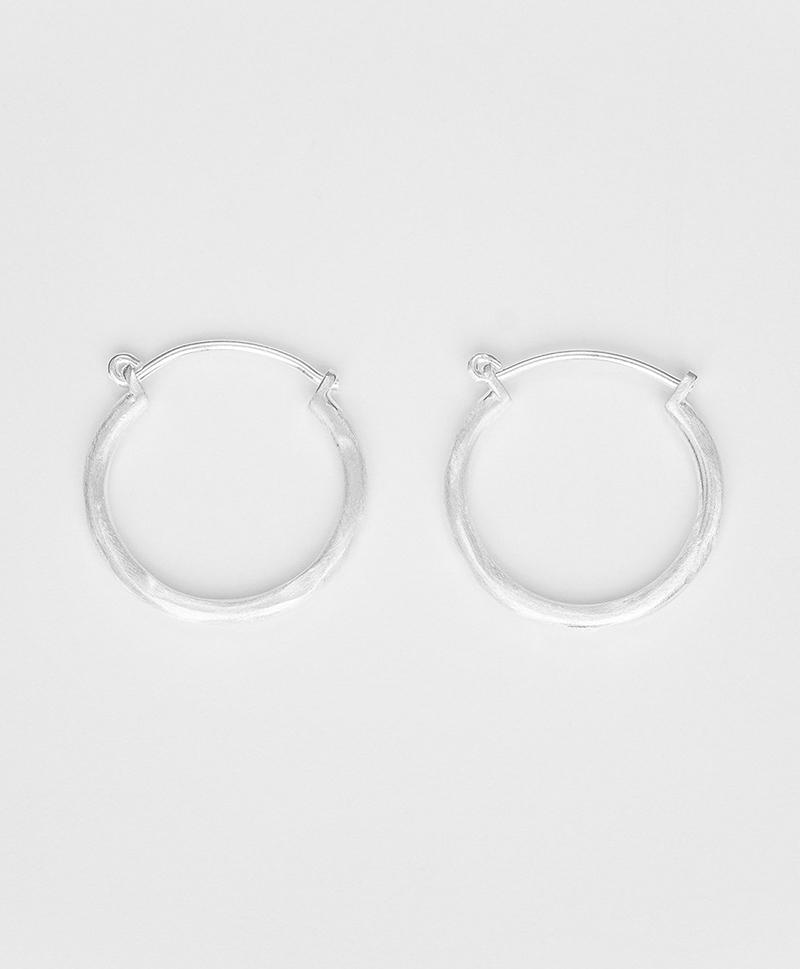 серебряные-кольца-медиум-3