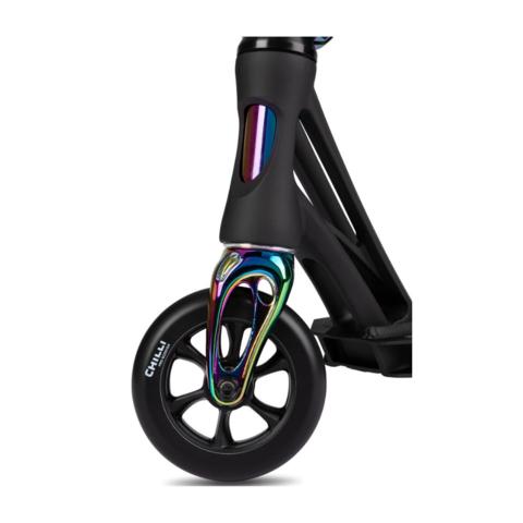 Трюковой самокат Chilli Pro Scooter Beast V2 Black Neochrome