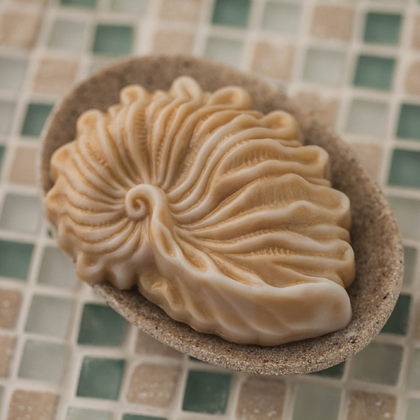Пластиковая форма для мыла Морская раковина волнистая