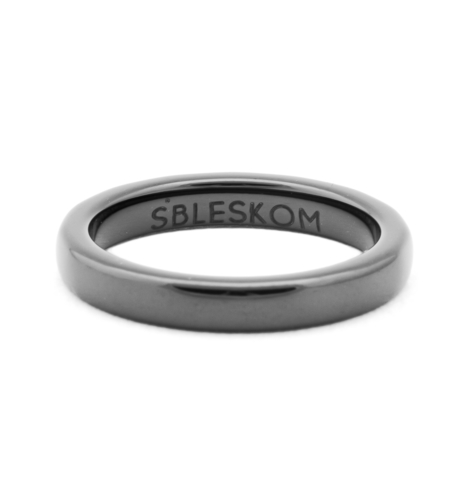 Серое керамическое кольцо