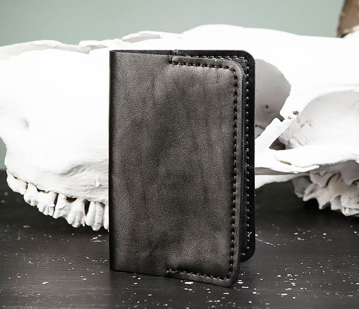 WB174-1 Черная обложка на паспорт из натуральной кожи