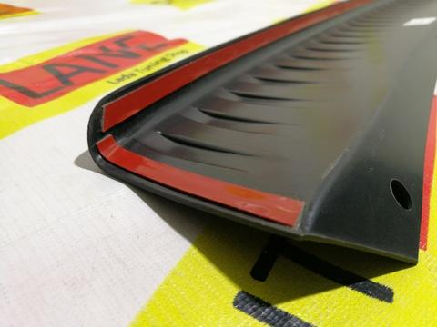 Накладка на задний бампер Лада Гранта FL 2018- (седан)