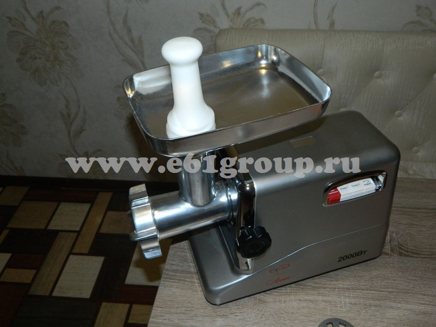 4 Мясорубка электрическая Комфорт Люкс Умница MЭ-2000Вт серебряный цвет корпуса отзывы
