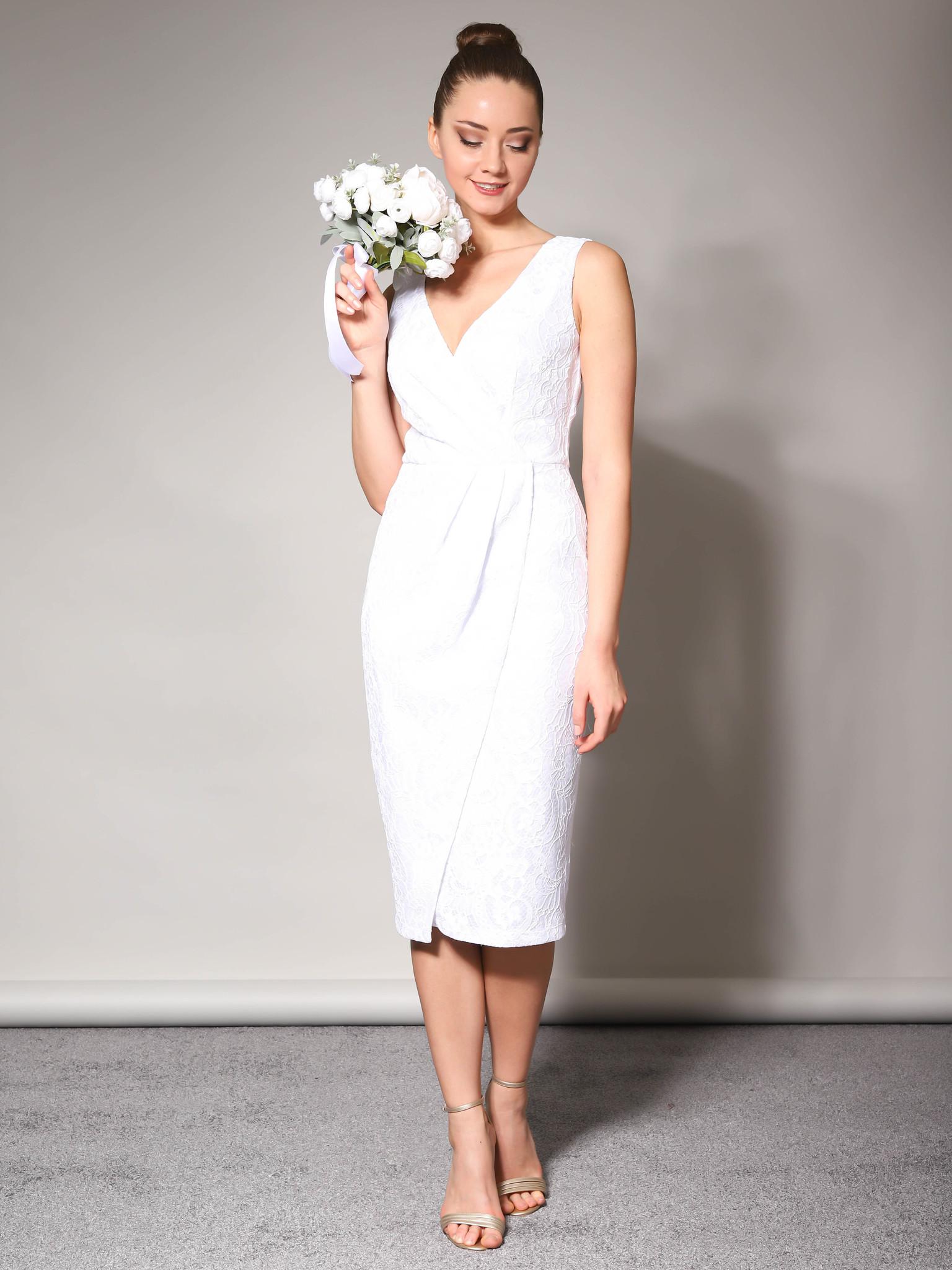 Свадебное кружевное платье с блестящим кружевом без рукав (белый)