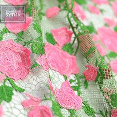 Салатовое кружево с розовыми розами