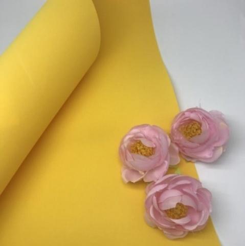 Шелковый фоамиран 25*25 см. Темно-желтый 18