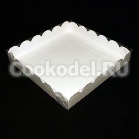 Коробка для пряников Белая Ажурная с фиксацией дна 20х20х3 см