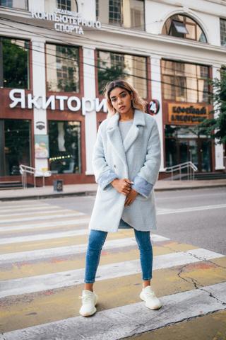 Женское пальто с эко мехом купить