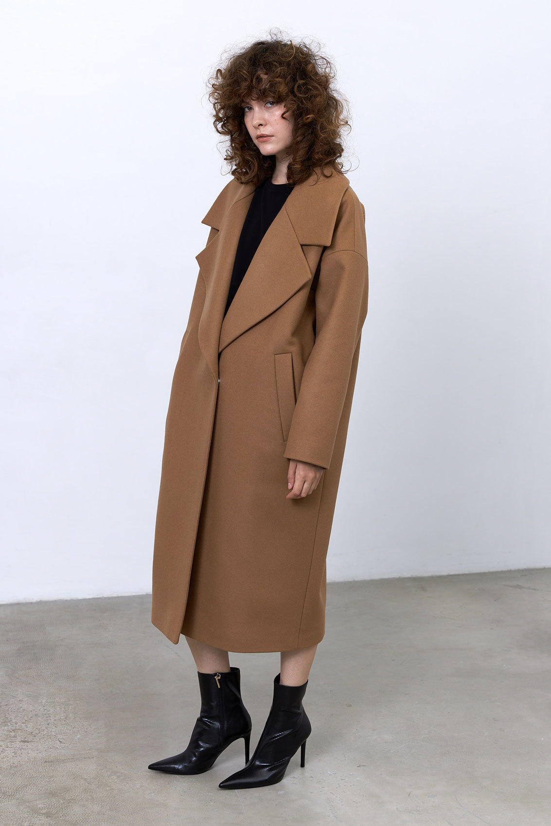 Пальто с большим лацканом, кэмел