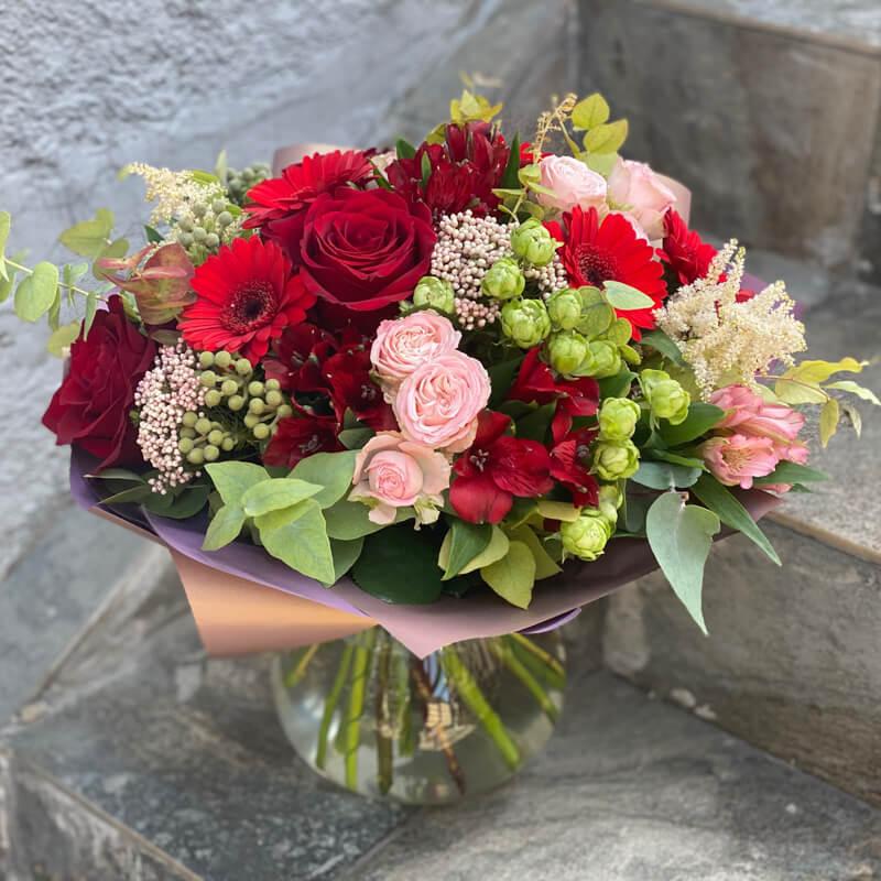 Букет цветов 320
