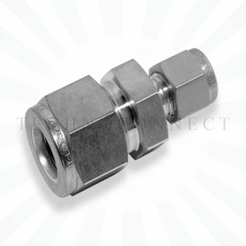 CUR-3M-4  Переходник: метрическая трубка  3 мм - дюймовая трубка  1/4
