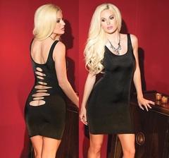 Двустороннее черное платье с вырезами