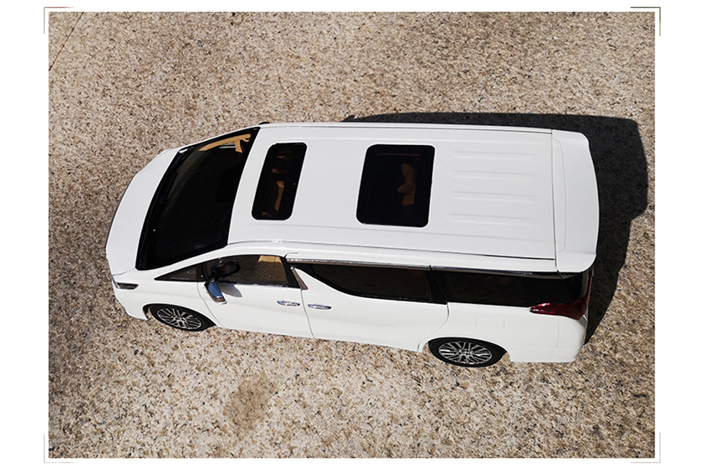Коллекционная модель TOYOTA ALPHARD 2019 WHITE