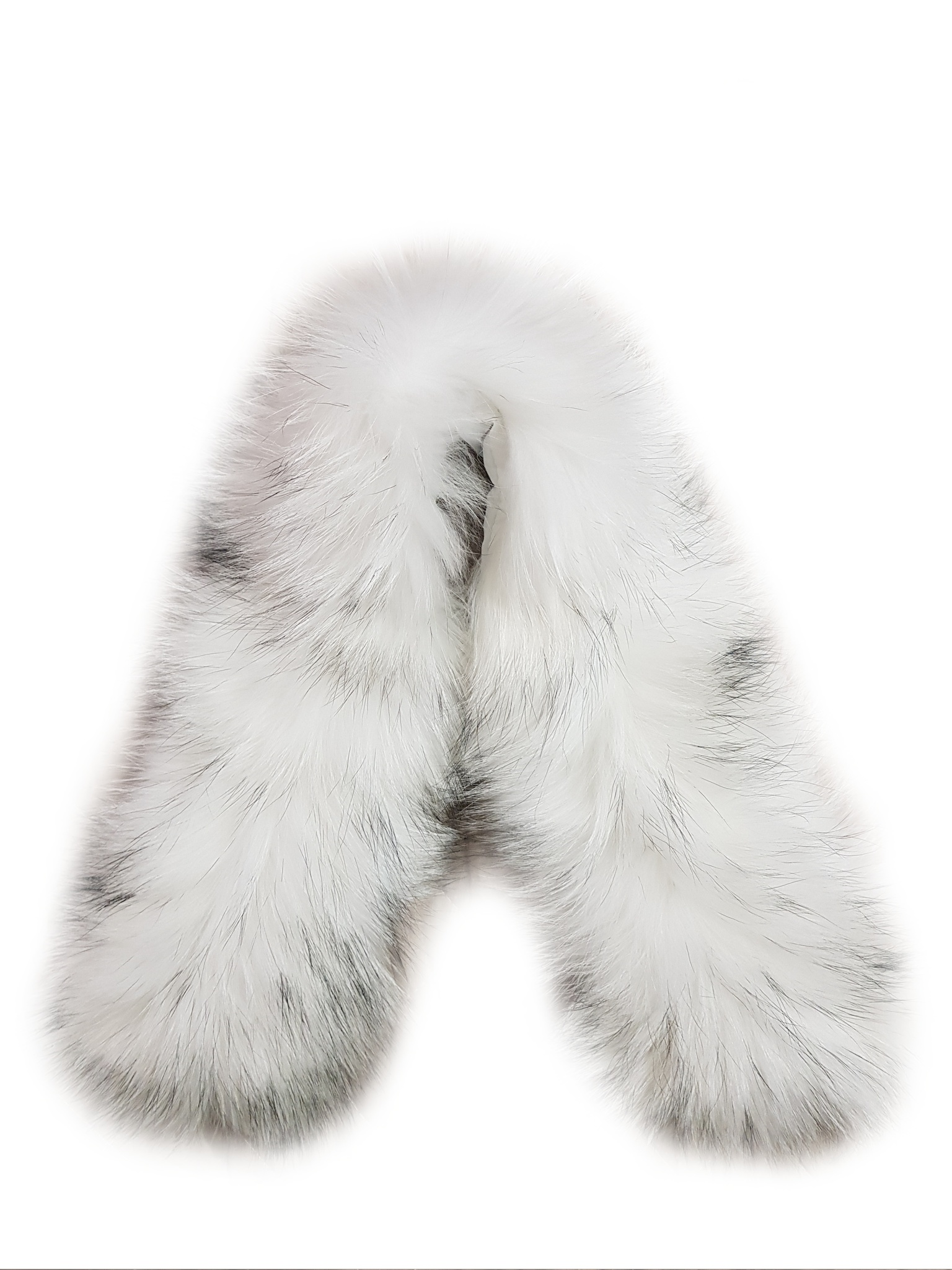 Опушка на капюшон из натурального меха енот 80 см. (Белая с черными кончиками)