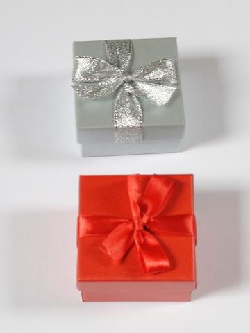 Коробка (футляр для кольца и серег)