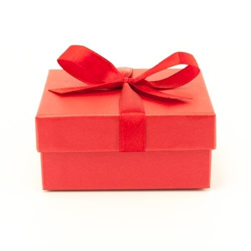 Подарочная упаковка Футляр картонный с лентой Красная 84х84х39 мм RH_92030kp-2-min.jpg