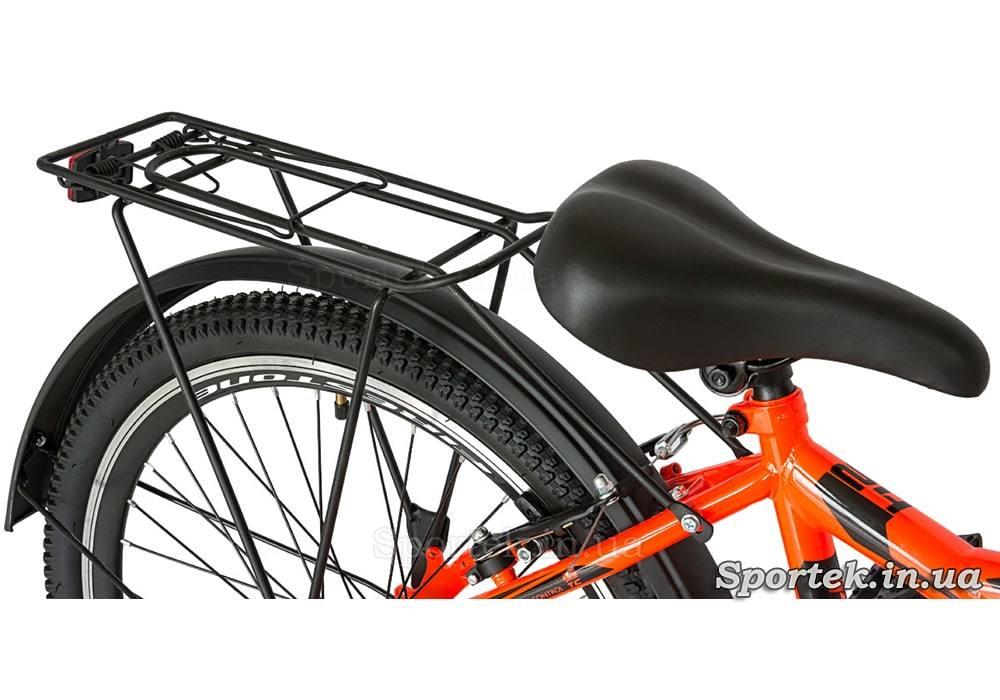 Седло, багажник и крыло велосипеда Discovery Flint MC