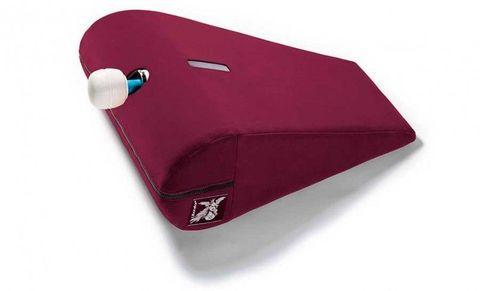 Бордовая малая вельветовая подушка для любви Liberator R-Axis Magic Wand с отверстием под массажёр