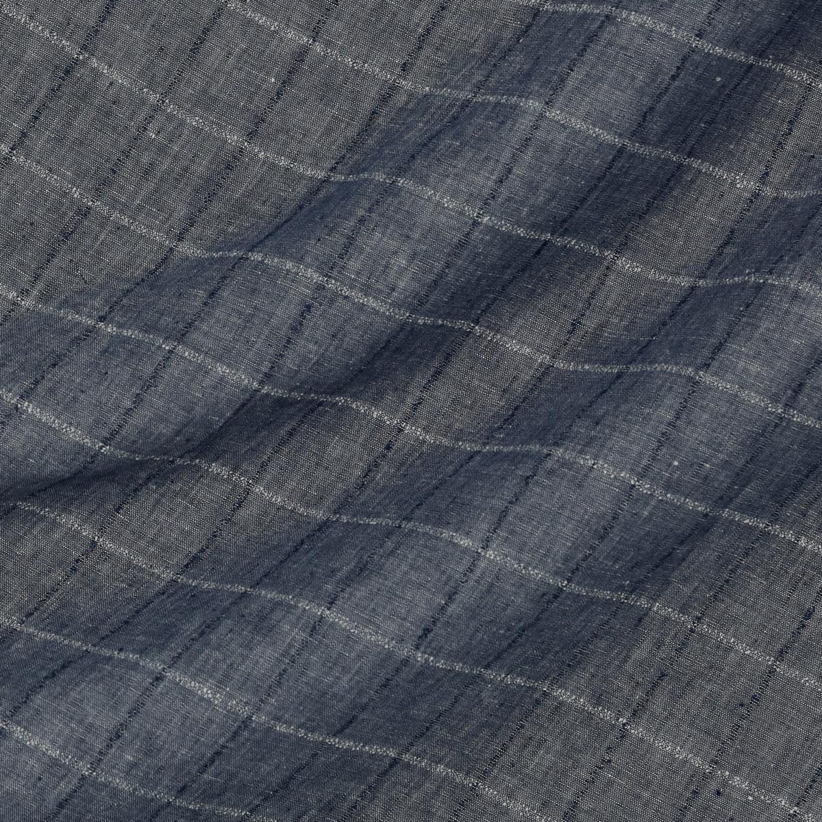 Льняное полотно синего оттенка в полоску из фактурных нитей