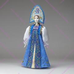 Сувенирная кукла в двурогом кокошнике