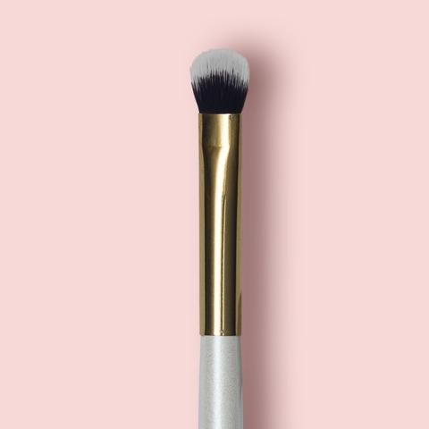 Oh My brush Кисть плоская для теней Flat eye brush 201