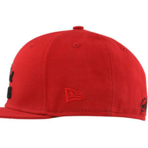 Бейсболка New Era king красная фото сбоку