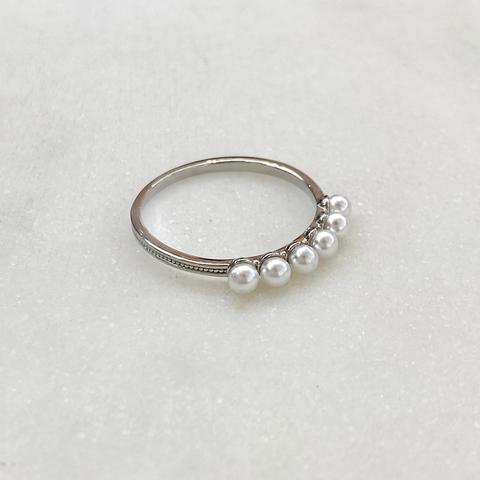 Кольцо-дорожка с малыми жемчужинами