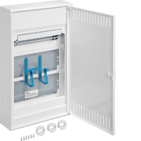 Щит Volta навесной, мультимедийный, в корпусе 3-х рядного, с дверцей, с монт. панелями, с розеткой Schuko, патч-панелью, IP30, RAL9010
