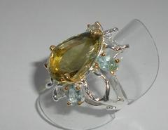 Кольцо с лимонным кварцем и топазами, p.18,5
