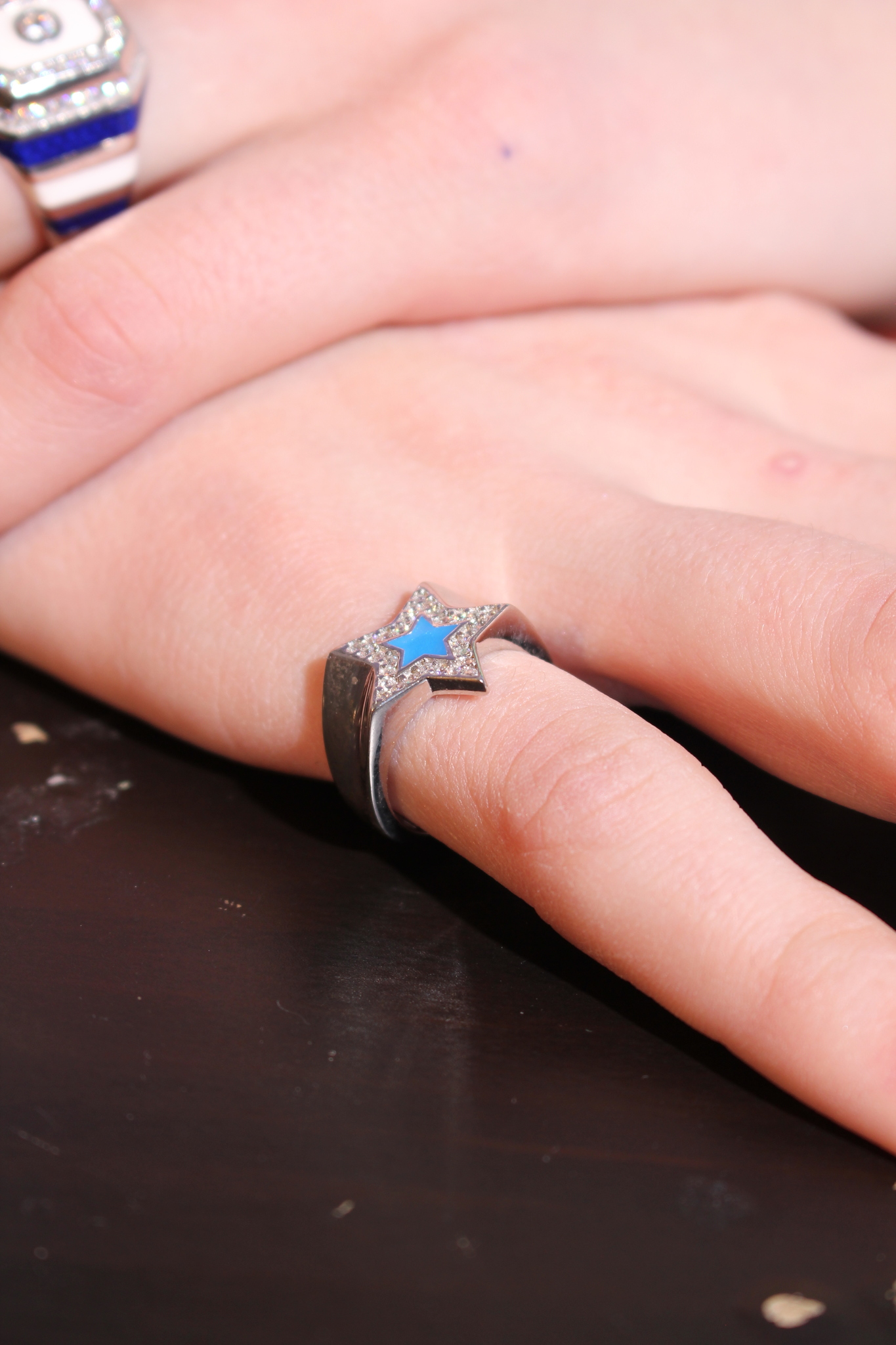 RIng in silver with blue enamel