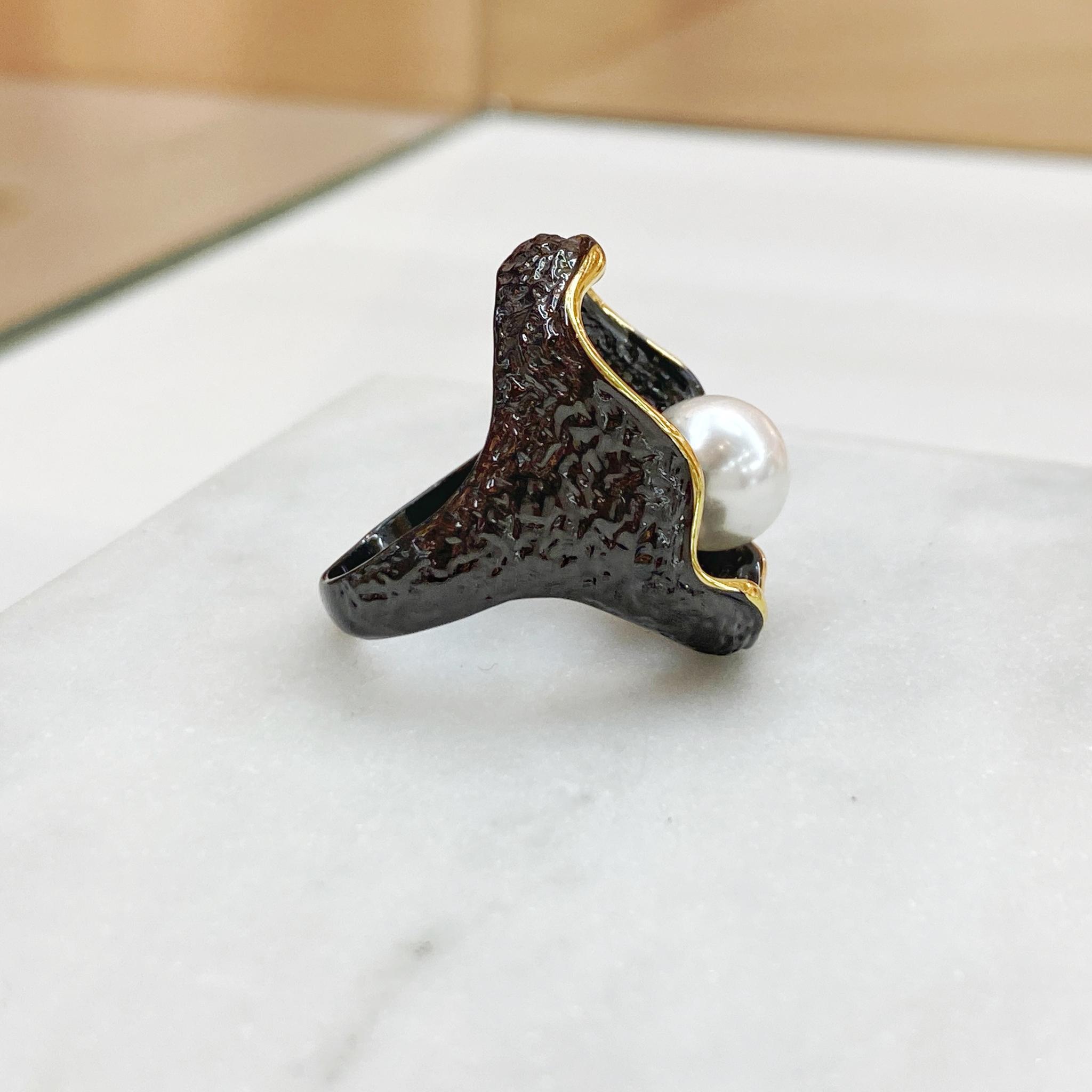 Кольцо Vi Контур Жемчуг белый золотой