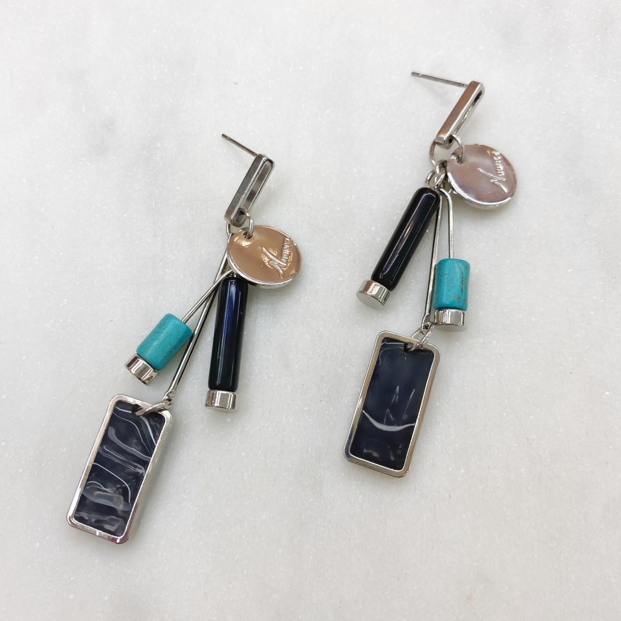 Серьги MIX с цилиндрическими и прямоугольной подвеской серебряный