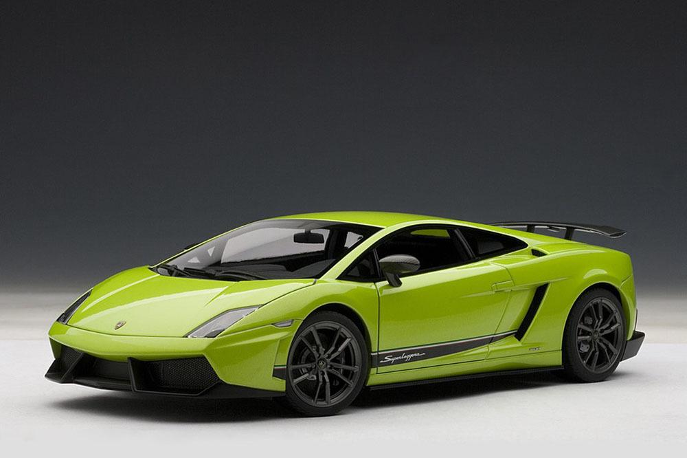 Коллекционная модель Lamborghini Gallardo LP570-4 Superleggera 2010 Verde Ithaca/Green